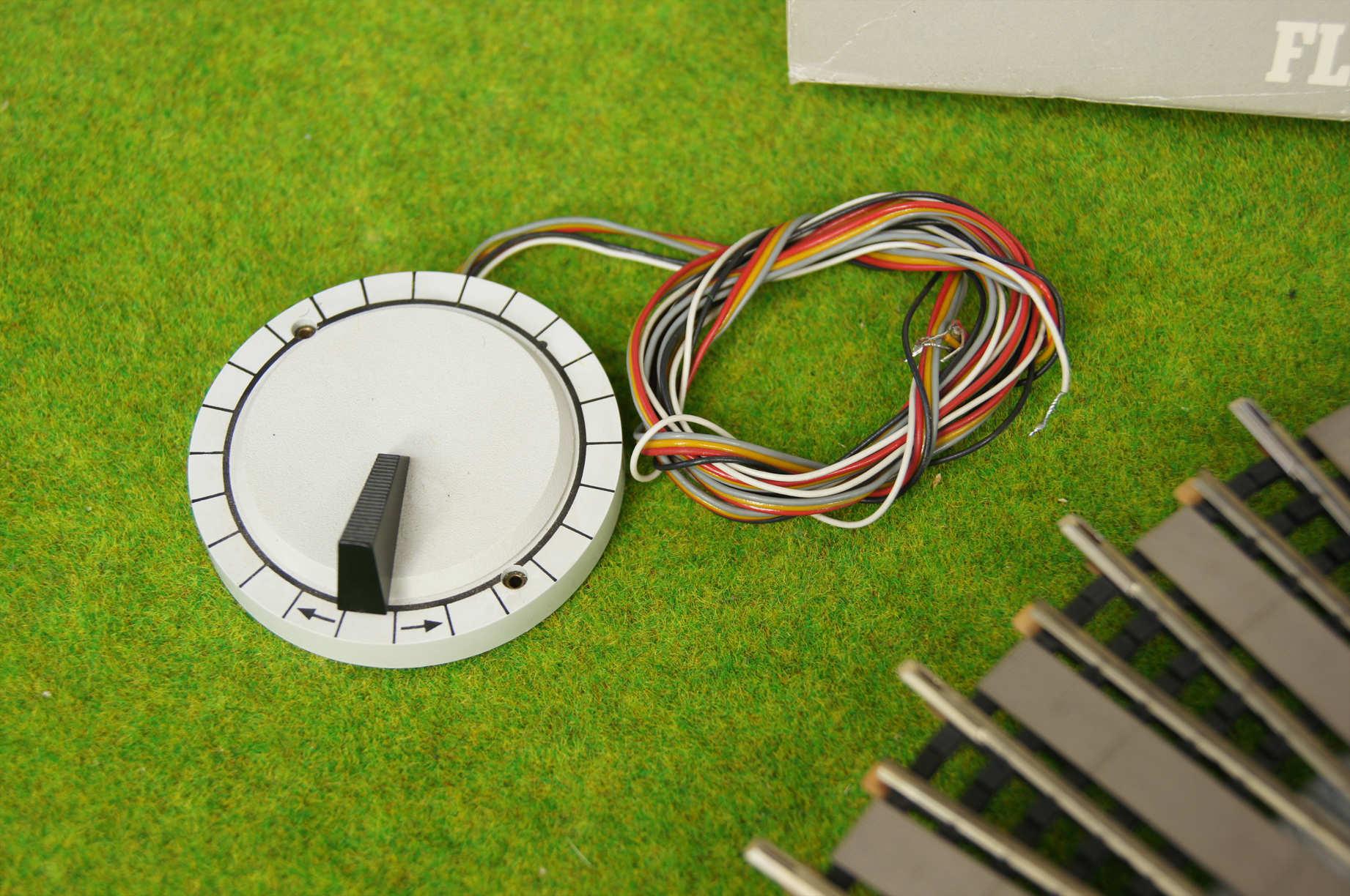 fleischmann h0 6652 elektr drehscheibe f r gleich und. Black Bedroom Furniture Sets. Home Design Ideas
